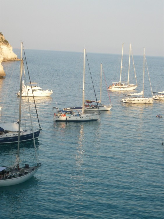 Hire Sailboat with or without skipper Bénéteau Canet-en-Roussillon