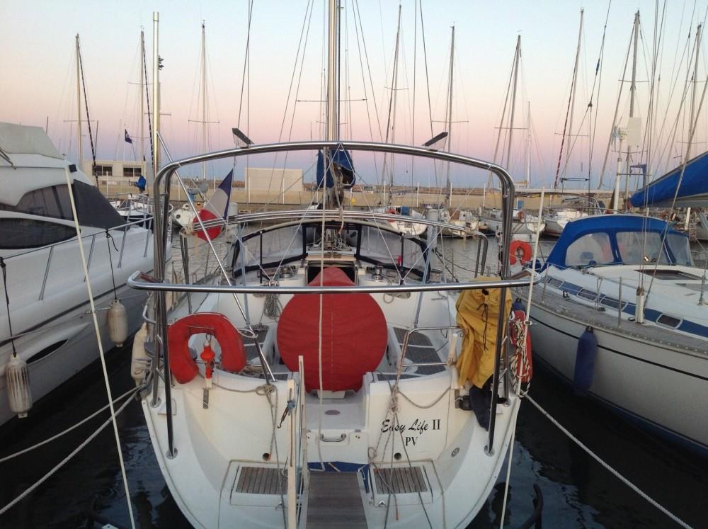Boat rental Bénéteau Oceanis 440 in Canet-en-Roussillon on Samboat