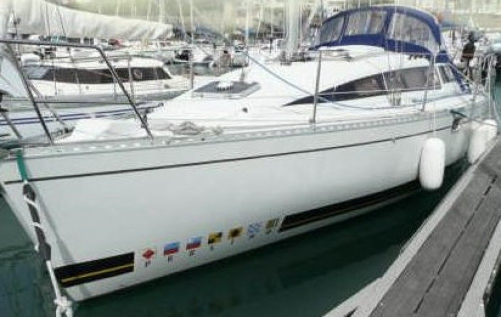 Hire Sailboat with or without skipper Kirie Portbou