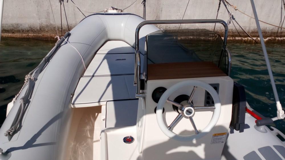 Boat rental Cres cheap Coaster 470