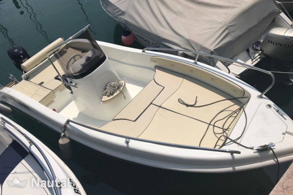 Rental Motorboat in Milazzo - as maine enika 5.30