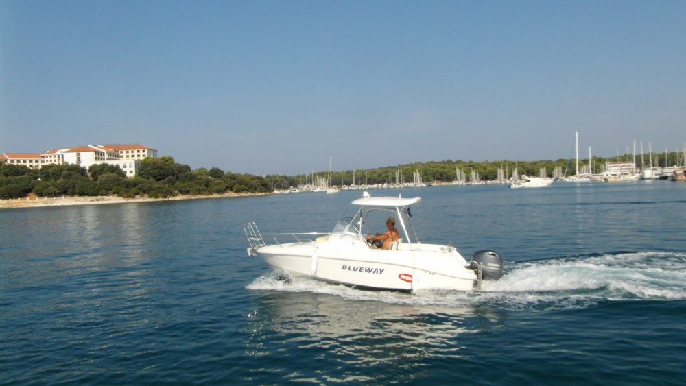 Hire Motorboat with or without skipper Blueway Grad Pula