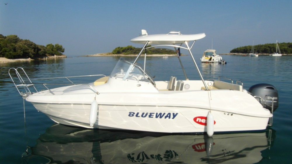 Boat rental Blueway Blueway 20 SD-C in Grad Pula on Samboat