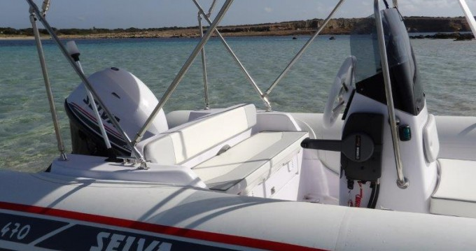 Boat rental Selva Selva D470 AUXILIAR O TENDER in Ibiza Town on Samboat