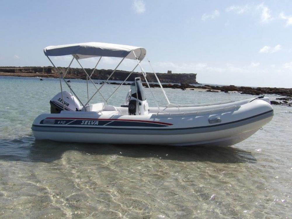 Boat rental Selva Selva D470 AUXILIAR O TENDER in Ibiza on Samboat