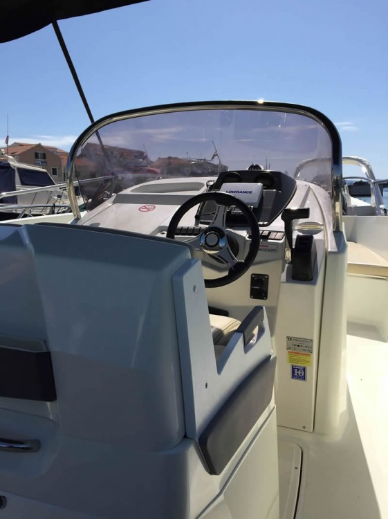 Hire Motorboat with or without skipper Karnic Trogir