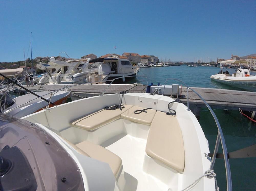 Boat rental Karnic 2251 Open in Trogir on Samboat