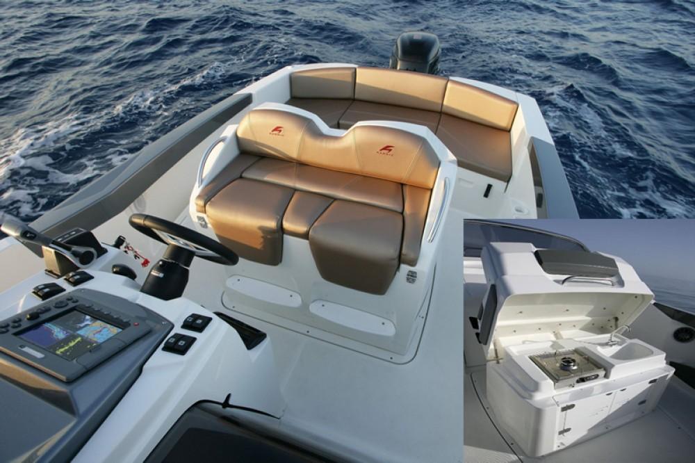 Rental Motorboat in Trogir - Karnic 2251 Open