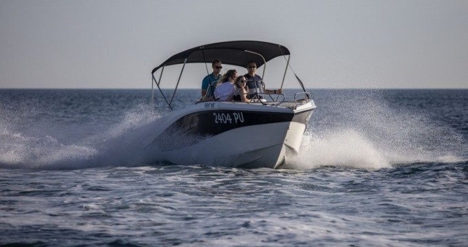 Okiboats Barracuda 545 Open between personal and professional Pula