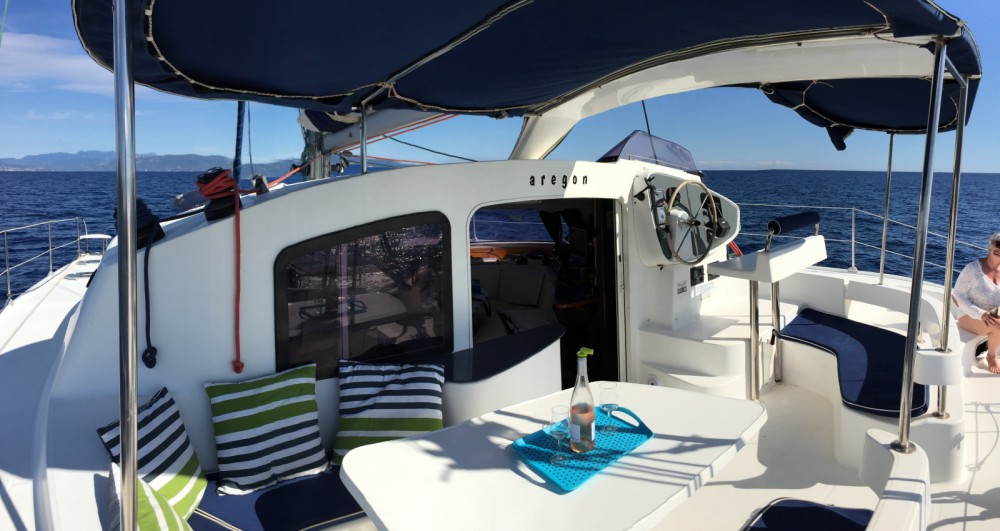 Boat rental Fountaine Pajot Lavezzi 40 in Roses on Samboat