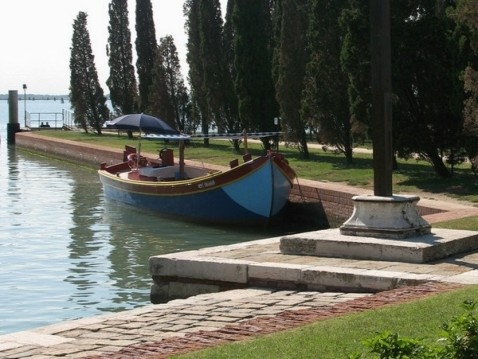 Boat rental Barca tradizionale bragozzo  in Venezia on Samboat