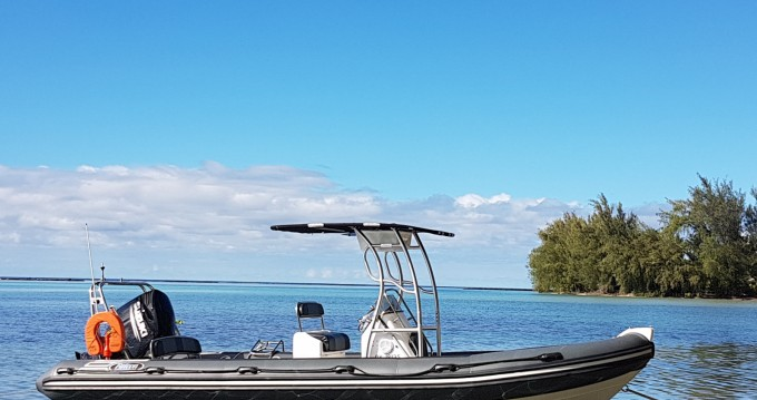 Rental RIB in Tahiti - Falcon Falcon 760