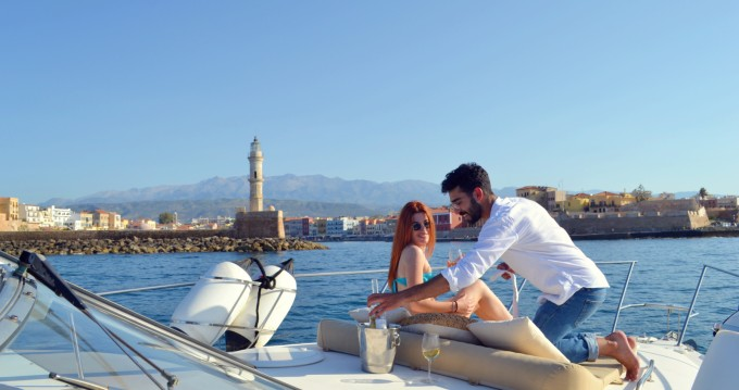 Motorboat for rent Chania at the best price