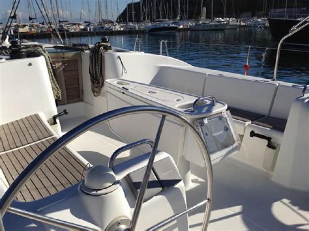Rental yacht Rome - Bénéteau Cyclades 50.4 on SamBoat