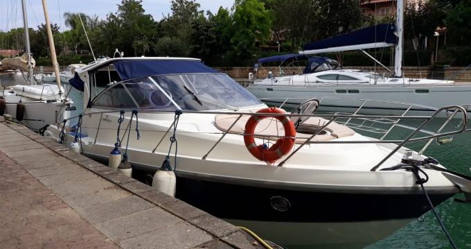 Rental Motorboat in Lipari - Cranchi Zaffiro 32