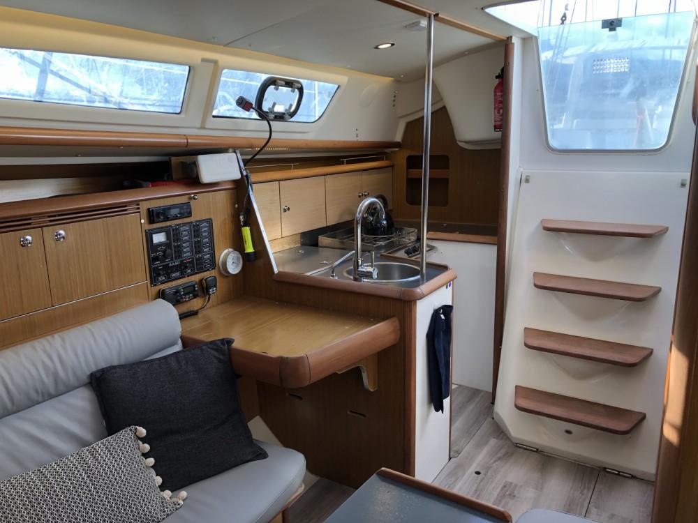Rental yacht Sari-Solenzara - Jeanneau Sun Fast 32i on SamBoat