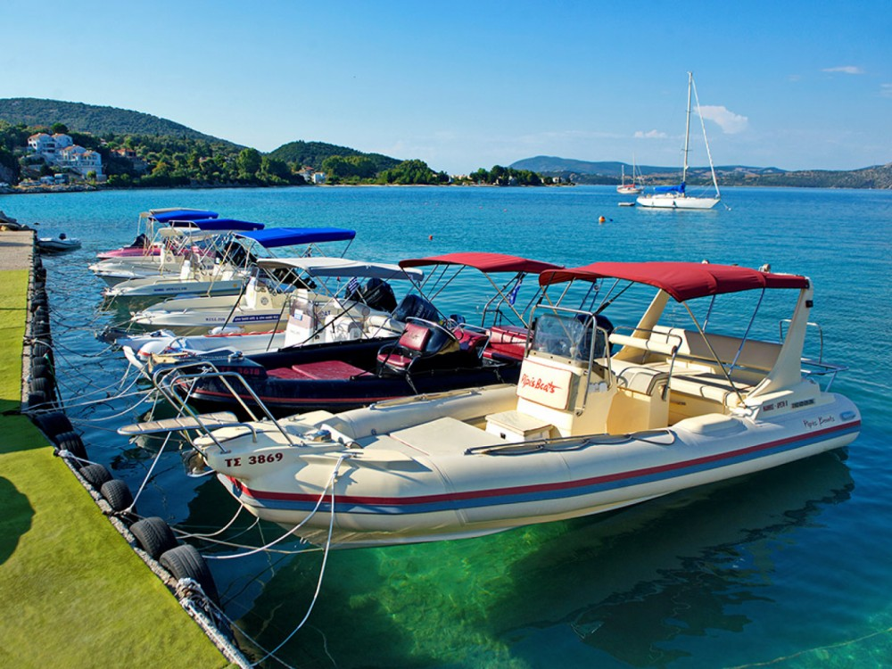 Boat rental  cheap Bulet