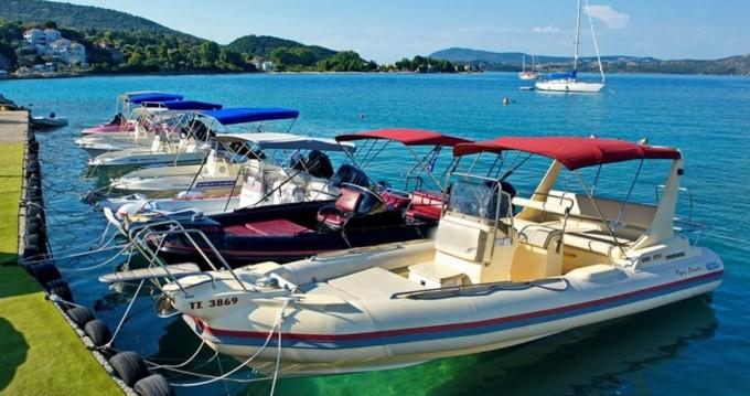Boat rental Eagle Eagle7,4 in Lefkada (Island) on Samboat
