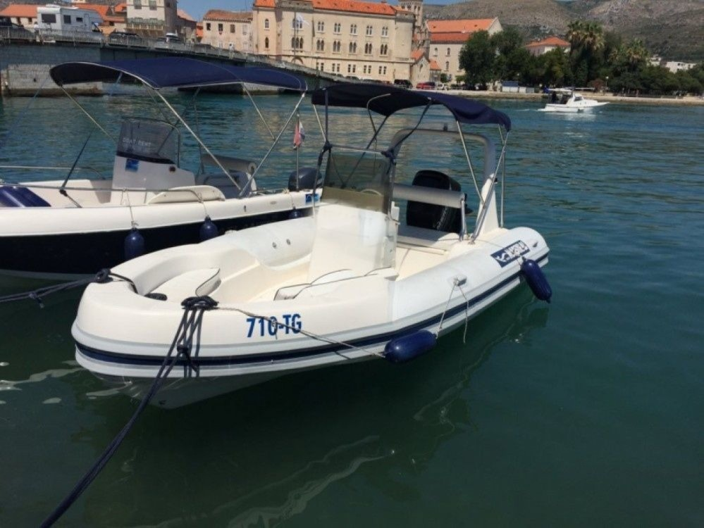 Boat rental Trogir cheap 555
