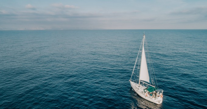 Sailboat for rent Rethymno at the best price