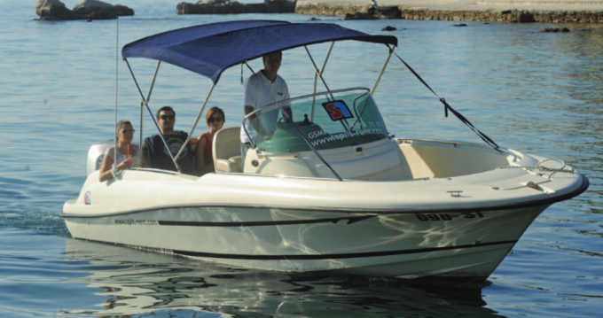 Boat rental Jeanneau Cap Camarat 715 Open in Hvar on Samboat