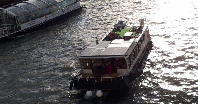 Canal boat for rent Mâcon at the best price
