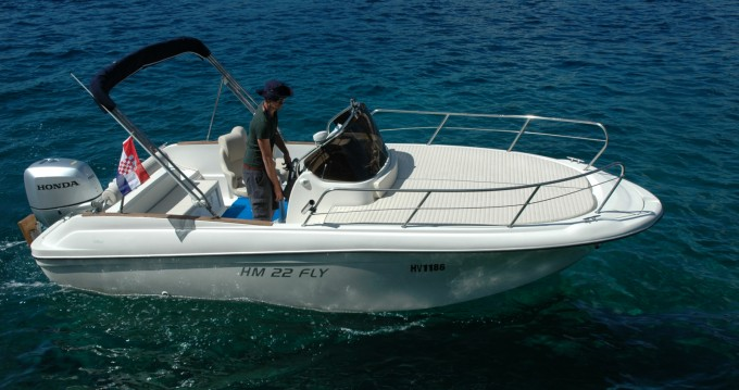 Hire Motorboat with or without skipper Insidias Marine Hvar