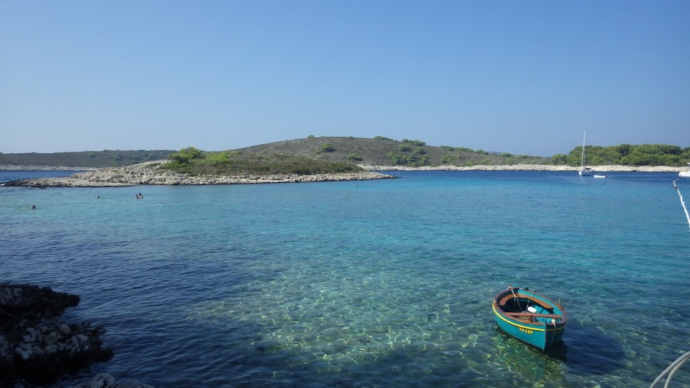 Hire Motor boat with or without skipper Insidias Marine Hvar