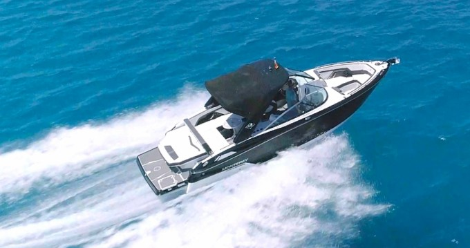 Rental Motorboat Monterey with a permit