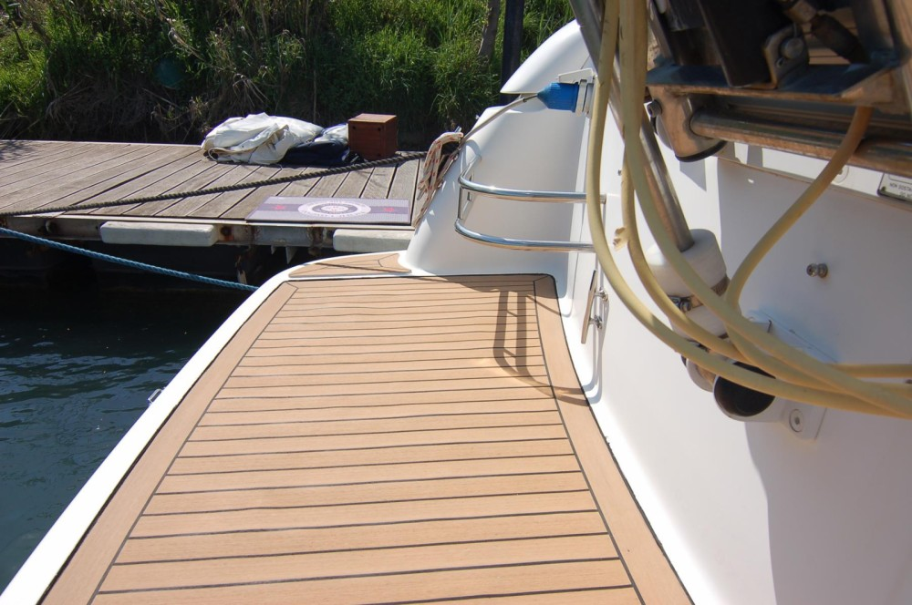 Motor boat for rent Alghero at the best price