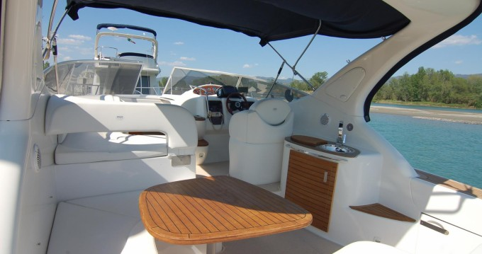 Hire Motorboat with or without skipper Sessa Marine Fertilia