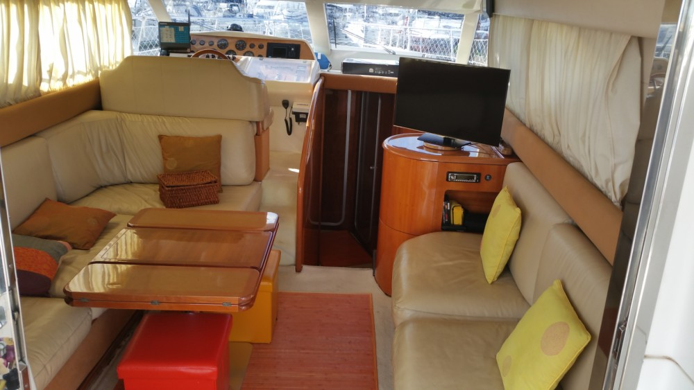 Rental Motorboat in Ibiza - Azimut Azimut 40 Fly