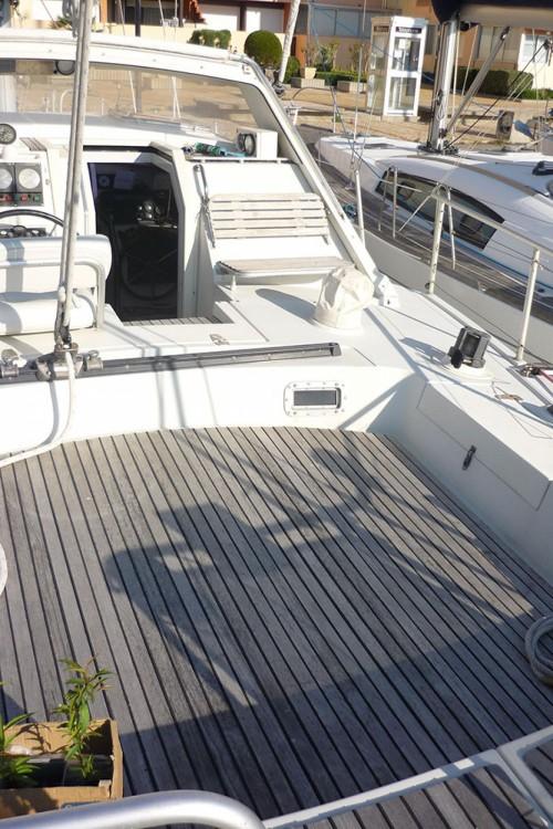 Rental Sailboat Gallart with a permit