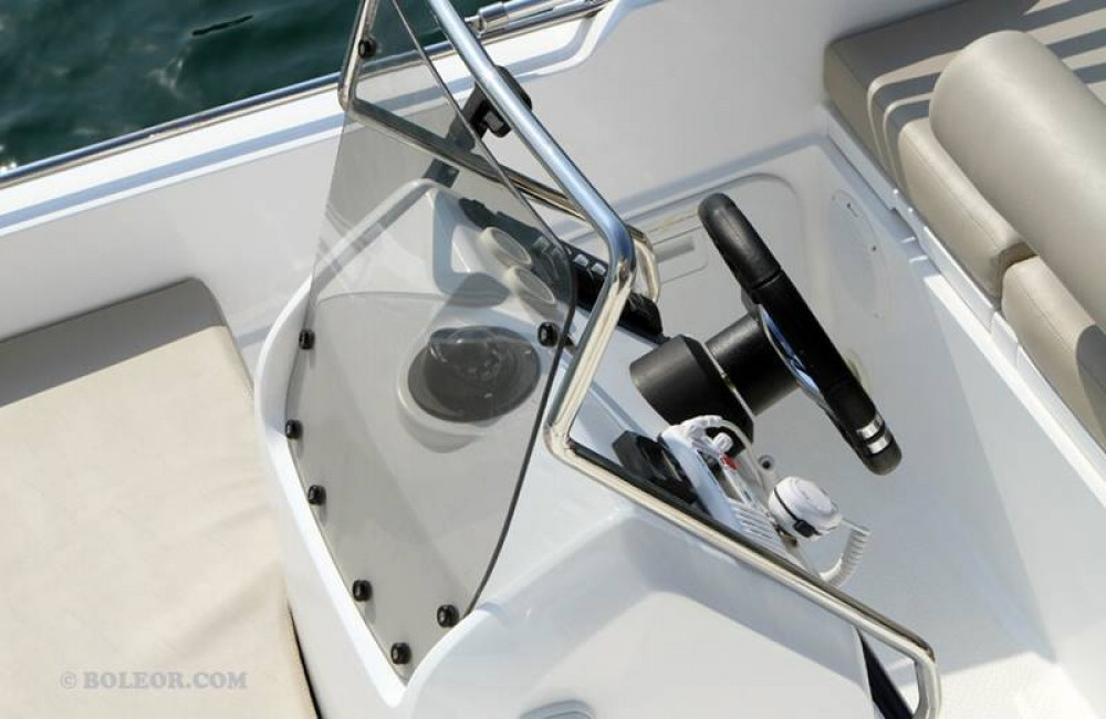 Boat rental Boleor B500 'Perseis' (no licence) in Palma on Samboat