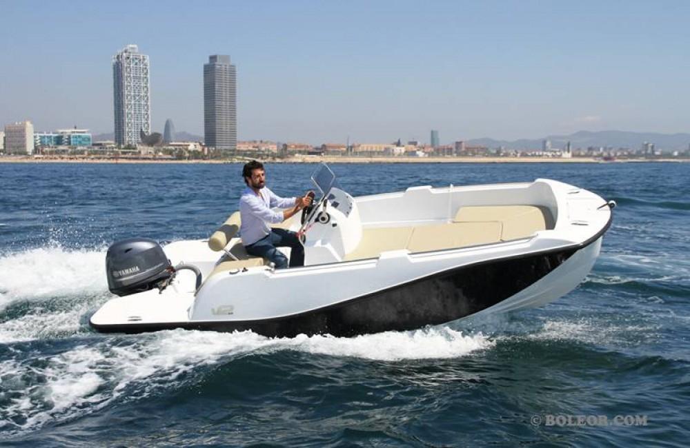 Boat rental Palma cheap B500 'Perseis' (no licence)