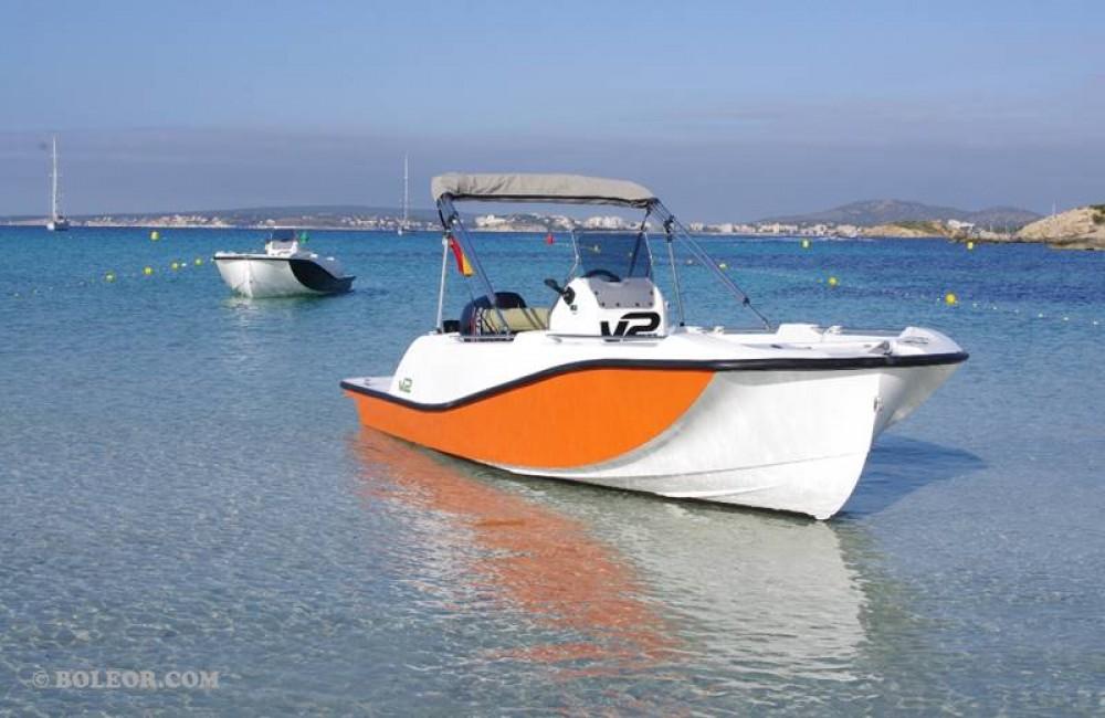 Rent a Boleor B500 'Perseis' (no licence) Palma