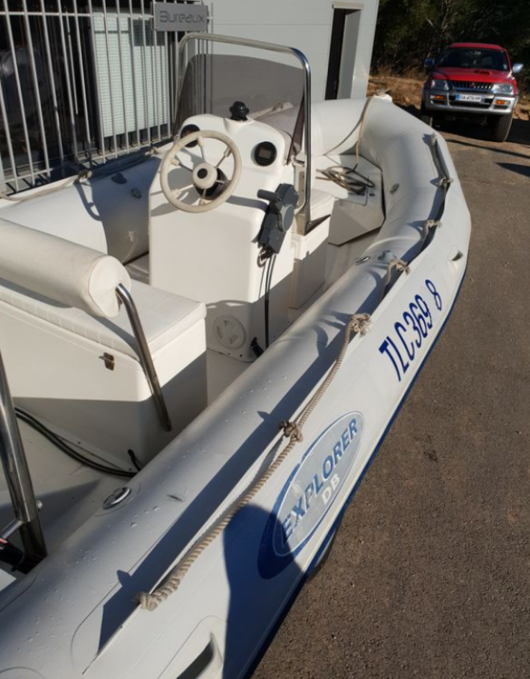 Boat rental La Seyne-sur-Mer cheap Explorer 500
