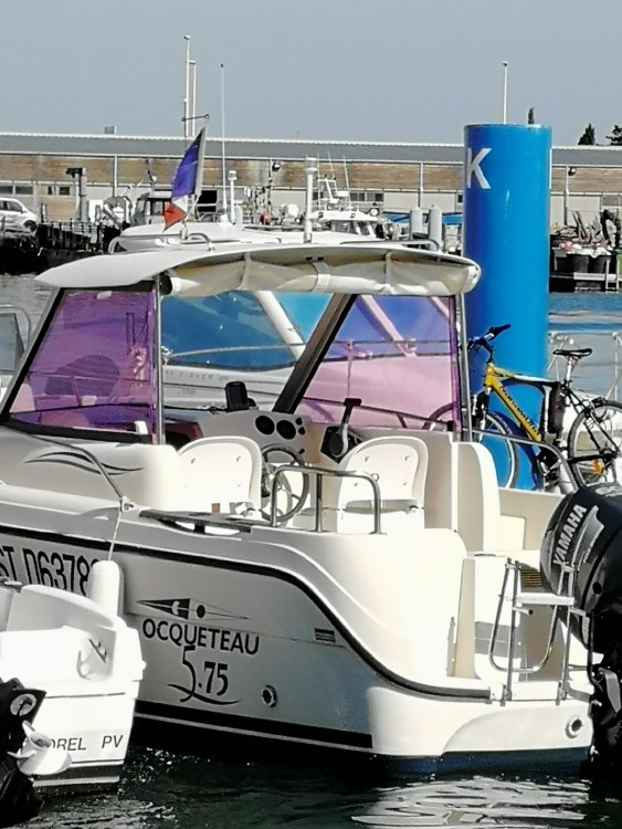 Motorboat for rent Port-la-Nouvelle at the best price