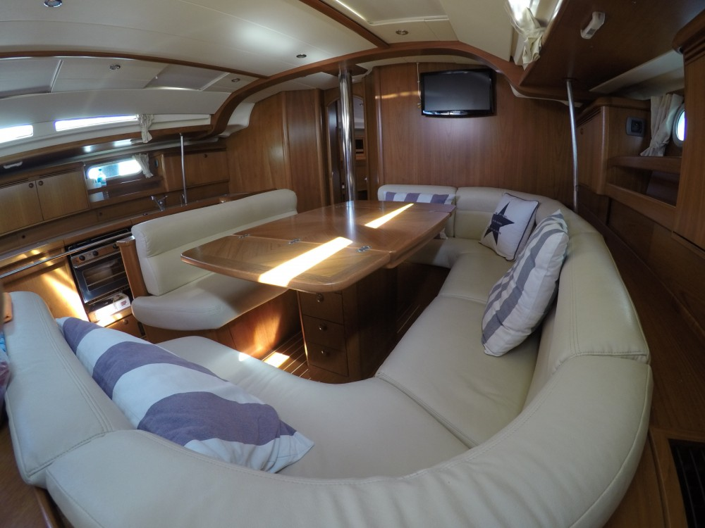 Jeanneau Sun Odyssey 49 between personal and professional Dénia