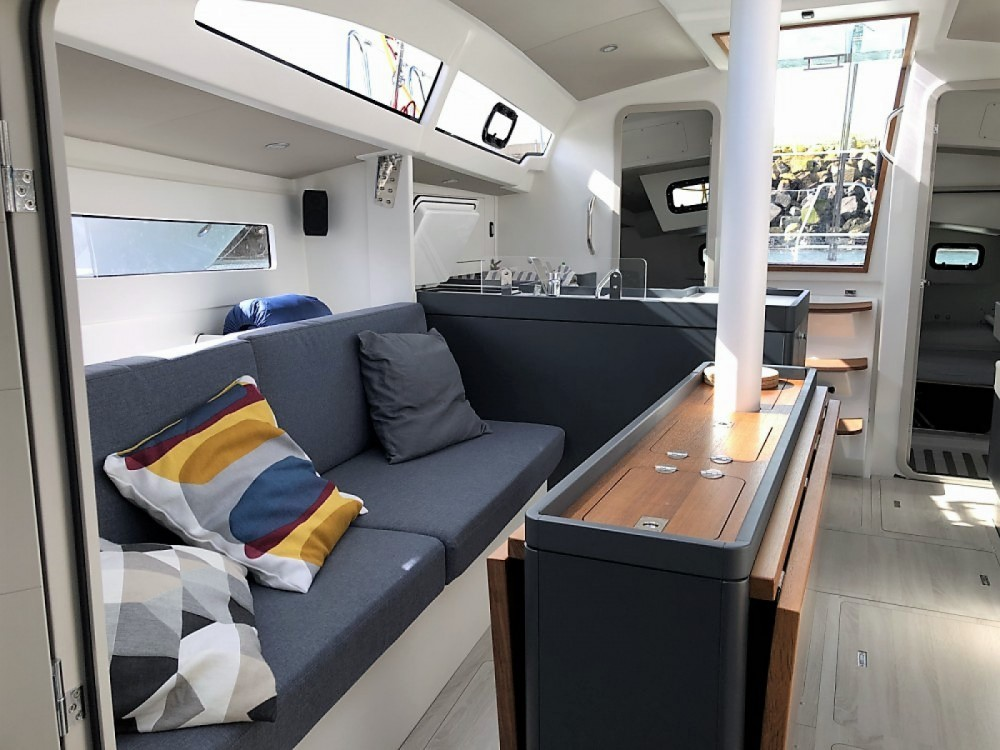 Boat rental Rm RM 1070 in Saint-Malo on Samboat