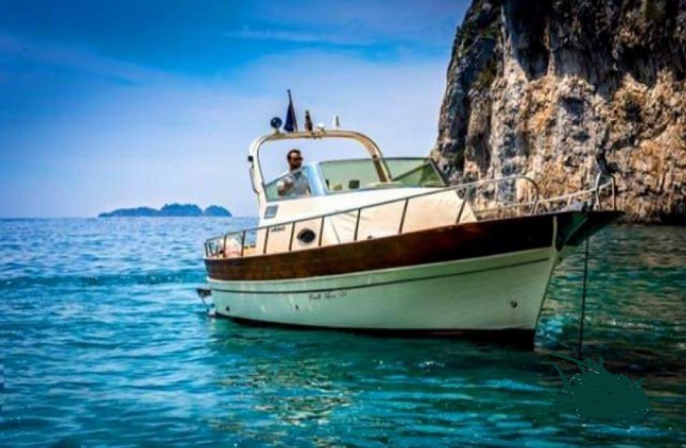 Boat rental Positano cheap Sorrento 7,50 Semi Cabinato