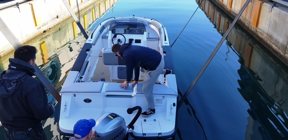 Motorboat for rent Bordighera at the best price