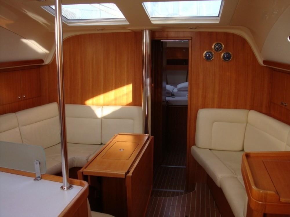 Boat rental Elan Elan 434 in Trapani on Samboat