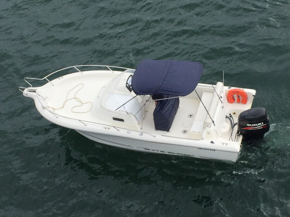 Rental Motorboat White Shark with a permit