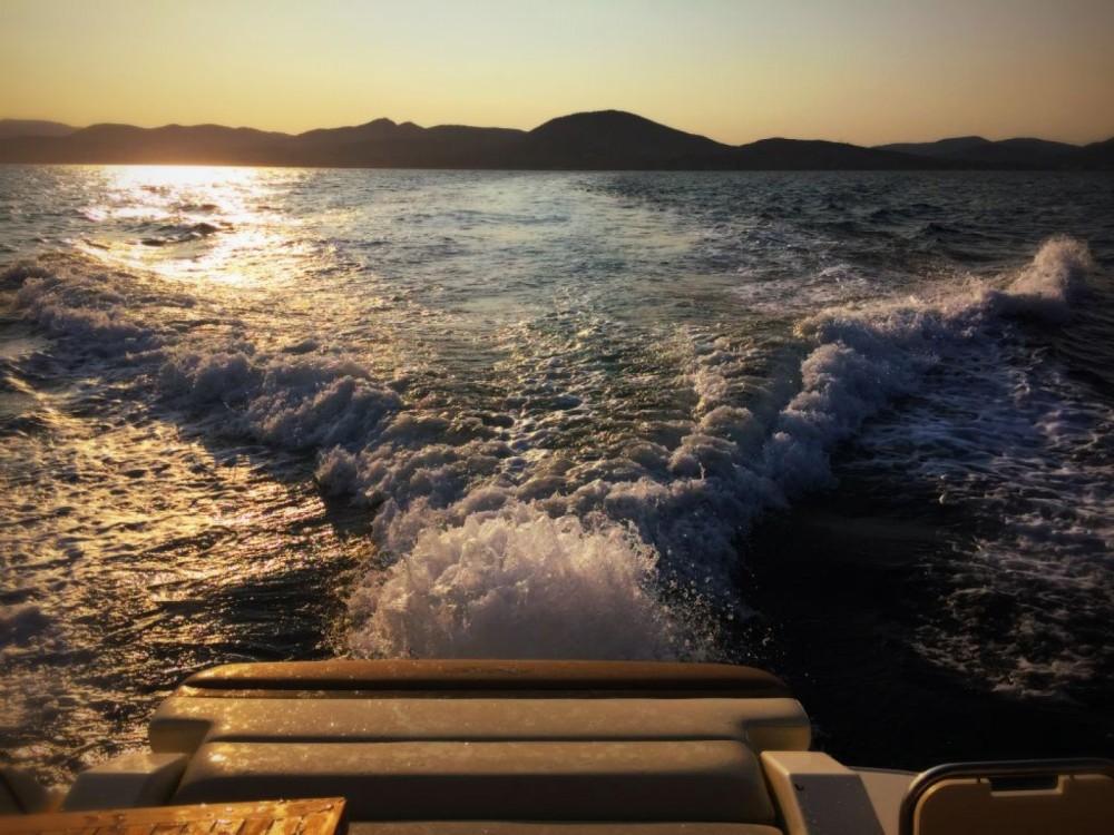 Boat rental Grimaud cheap Sea Ray 265 Sundancer