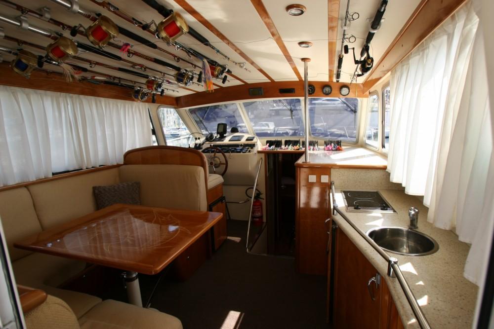 Rent a Rodman Rodman 1250 Beaulieu-sur-Mer