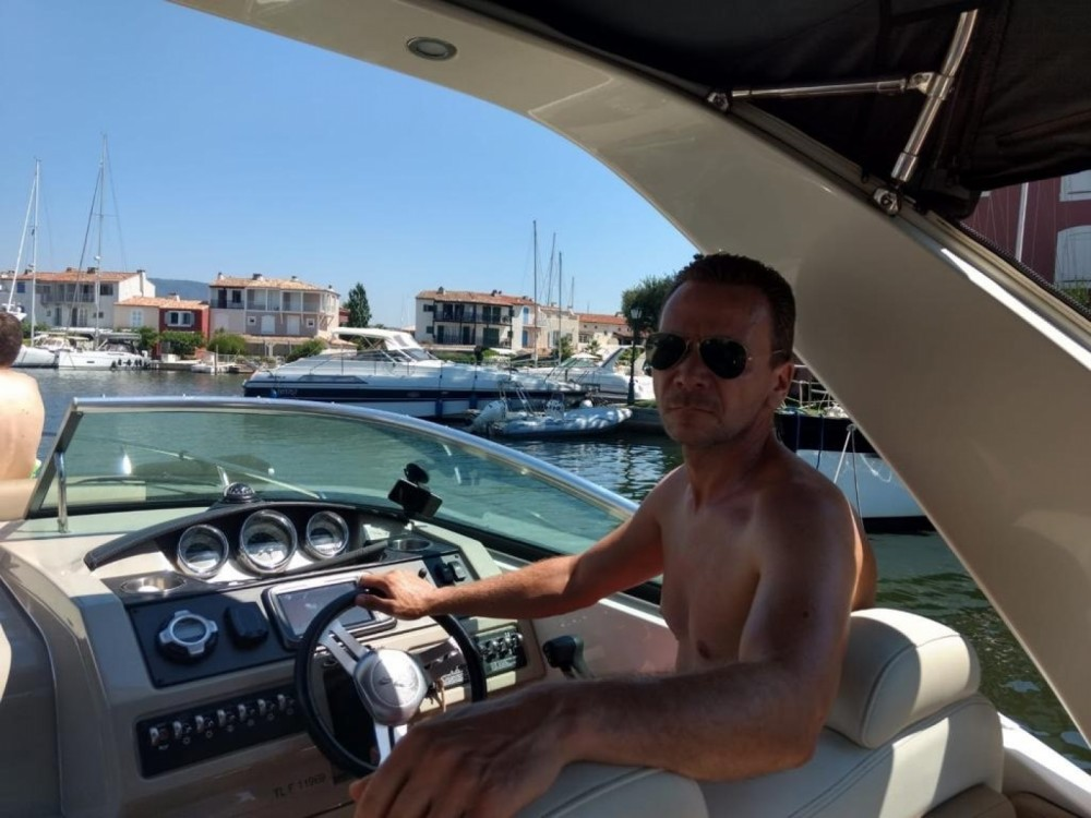 Sea Ray Sea Ray 265 Sundancer between personal and professional Grimaud
