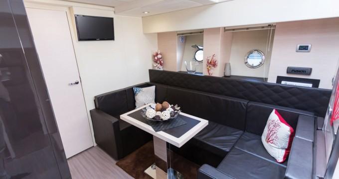 Boat rental Castellammare di Stabia cheap Cranchi 60 HT