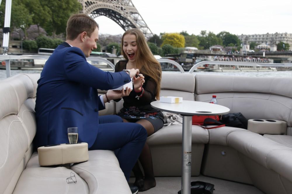 Rental yacht Paris - Southland Pontoon-boat on SamBoat