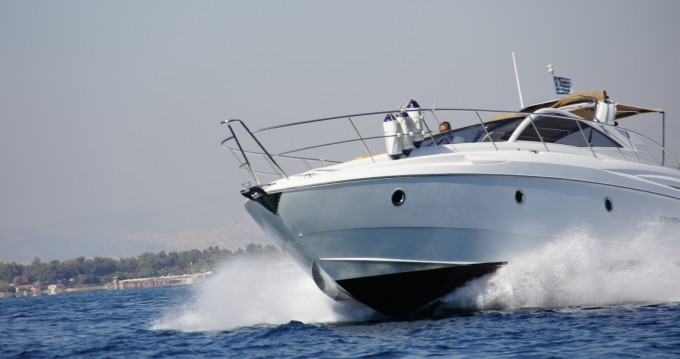 Bénéteau Monte Carlo 37 Open between personal and professional Alimos
